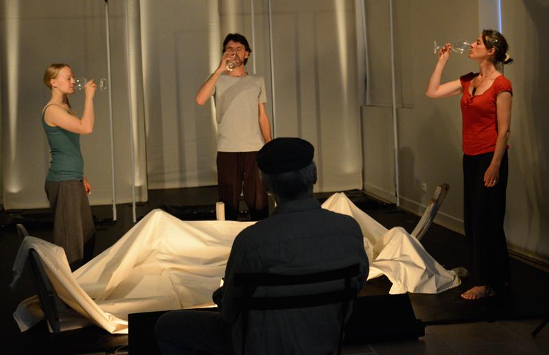 avec Salla Lintonen, Laurent Bastide, Marianne Salmon, mise en scène Michel Tallaron
